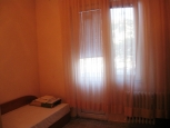 спалня с тераса апартамент под наем на хотелски принцип